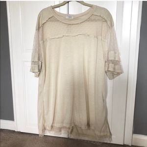 NWOT / Umgee Cream Polka Dot Short Sleeve Tee